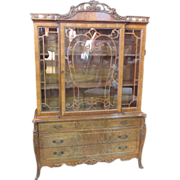 Antique Cabinet French Provincial China Cabinet Display Walnut Cabinet Antique Furniture