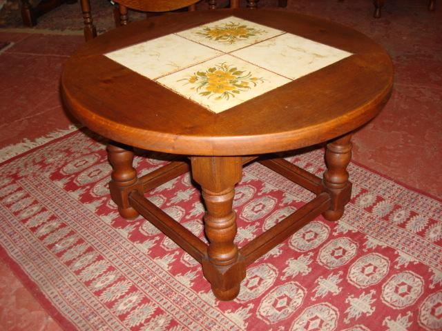 Charming French Rustic Mission Style Round Tile Top Coffeetable Coffee Table Side Lamp Table Arts and Crafts