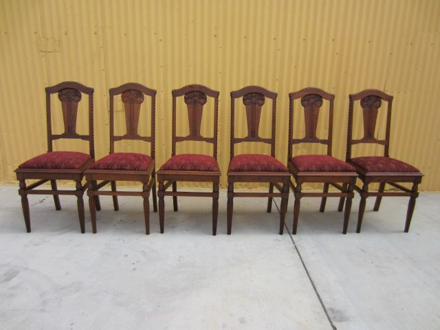 French antique chairs antique dining room furniture for Antique dining room sets