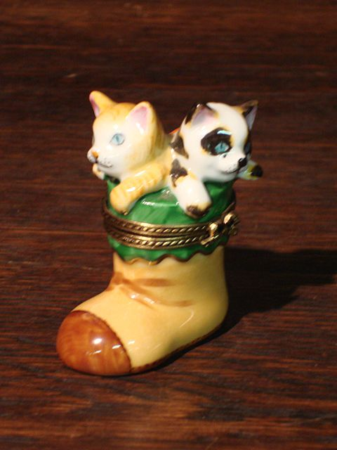 French Limoges Pill Box 2 Cats in a Boot