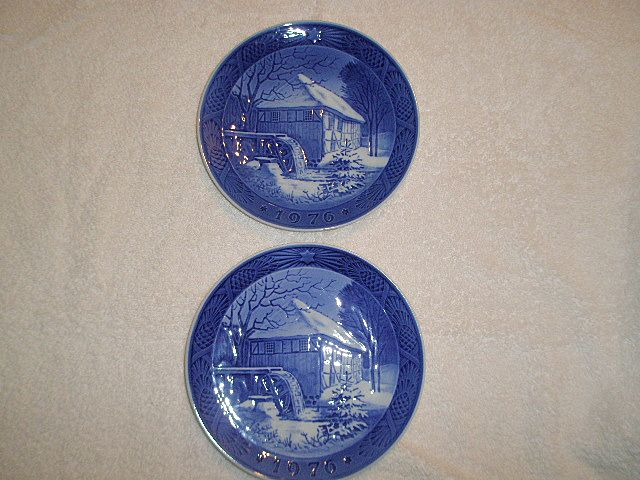 1976 Royal Copenhagen Christmas Plate(s) (2)
