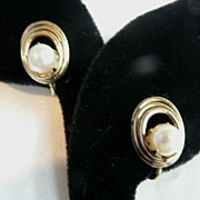 Vintage 12K Gold Fill Filled & Cultured Pearl Coiled Earrings