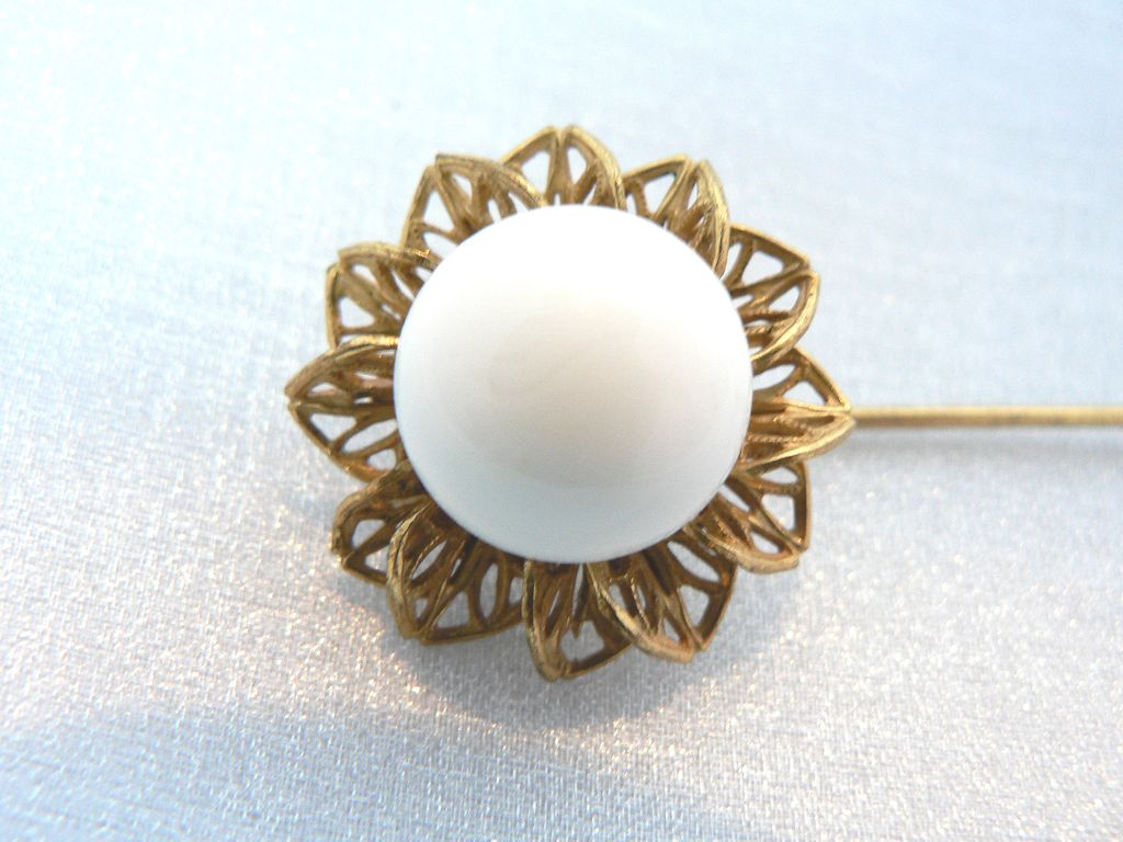 Vintage Miriam Haskell Milk Glass Bead & Gilt Filigree Hat / Stick Pin