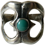 Old Native American Sand Cast Sterling Silver Turquoise Ring Sz. 6.5