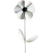 Vintage Signed Weiss Pure White & Black Enamel Layered Flower Daisy Brooch Pin
