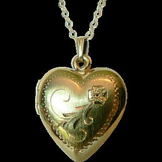 Vintage 12 K Gold Fill Double Photo Heart Locket & Chain
