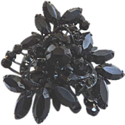 Unsigned Weiss Vintage Japanned Black Rhinestone Pin Brooch