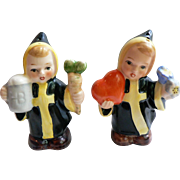 Rare W. Germany Hummel Goebel Munich Monk Children Salt Pepper Shakers TMK-5 Bee Mark