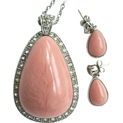 Avon Book Piece Faux Pink Coral Pale Fire Demi Pendant Necklace & Pierced Earring Set 1970s