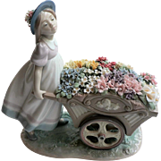 Vintage Lladro # 6521 Loves Tender Tokens from My Beautiful Garden Series