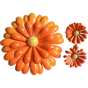 Outstanding Large 1960's Enamel Orange Mum Flower w/ Yellow Bead Center Pin & Earring Set