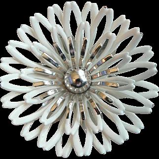 1960's Sarah Coventry Enamel Pin Pendant Dimensional Flower Power