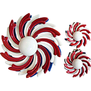 Spectacular Patriotic Enamel Dimensional Red / White / Blue Flower Pin Brooch & Earrings Set 1960's
