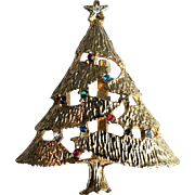 Vintage Christmas Tree Holiday Pin with Rhinestones