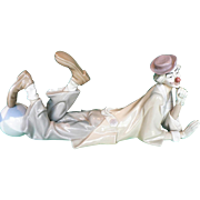 Retired LLADRO Reclining Clown w/ Ball #4618 Porcelain Figurine Payaso Acostado