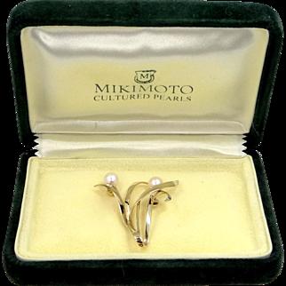 MIKIMOTO 14k Gold Cultured Pearls Pin Mint in Original Mikimoto Box