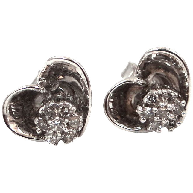 14k White Gold & Diamonds Heart Shaped Pierced Earrings