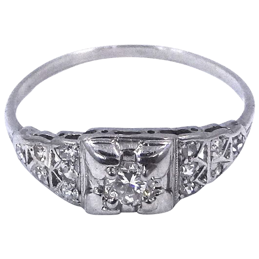 1930s Platinum & Diamonds Art Deco Ring