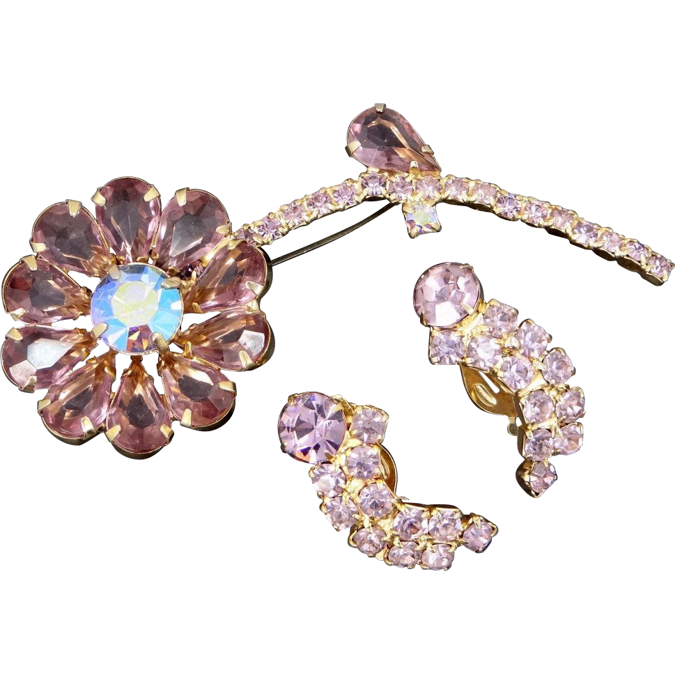 Pretty 1950's Lavender Rhinestone Figural Flower Brooch & Earrings