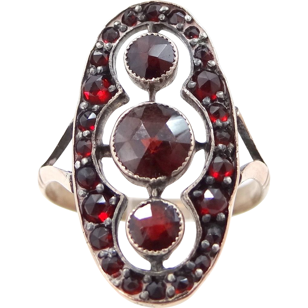 Victorian 10k Gold Bohemian Garnets Ladies Size 7.5 Ring
