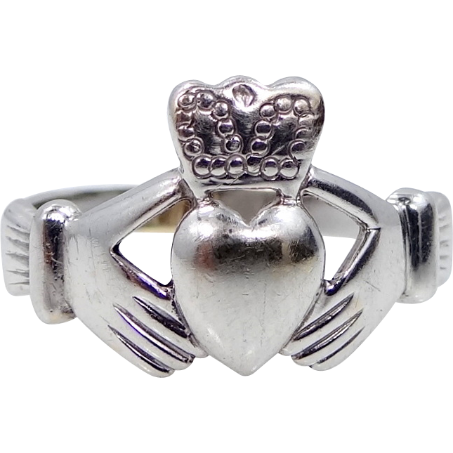 10k White Gold Claddagh Size 8 1/2 Ring