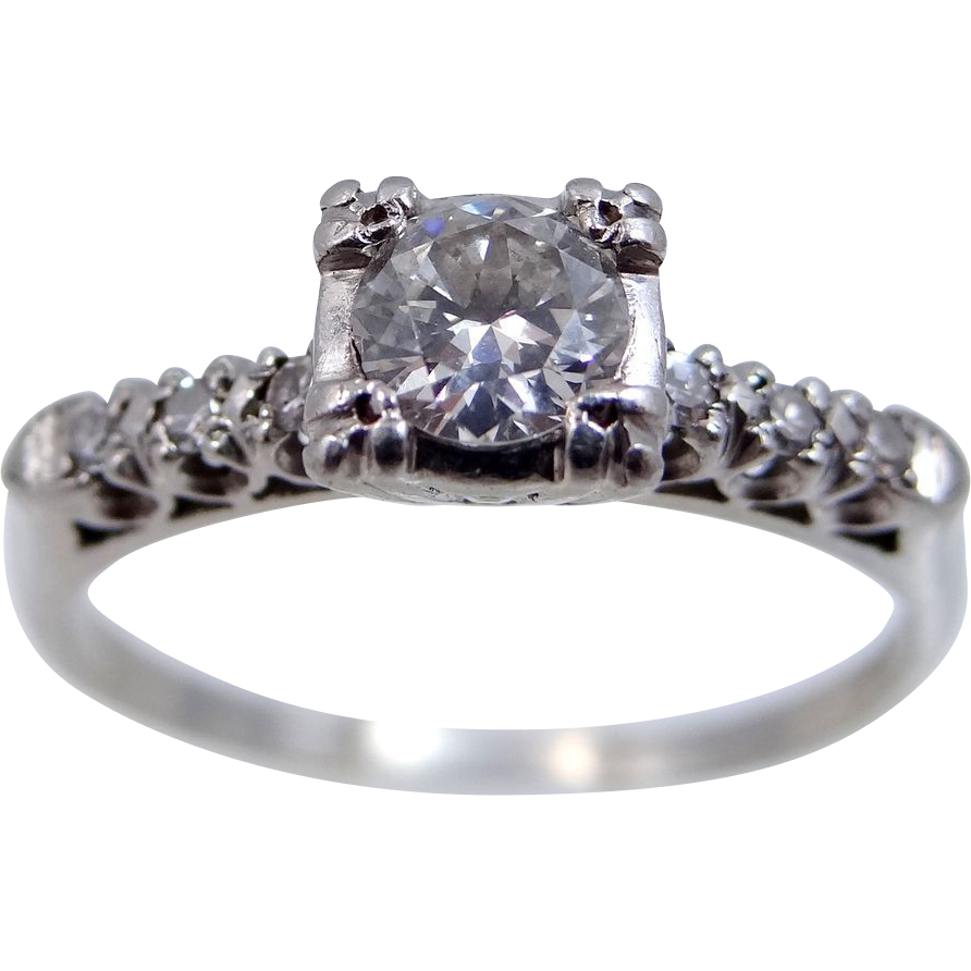 1940s Platinum & Diamond Size 9 Ladies Ring
