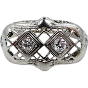 18k White Gold & Diamond Filigree Size 6 1/2 Ring Circa 1920's