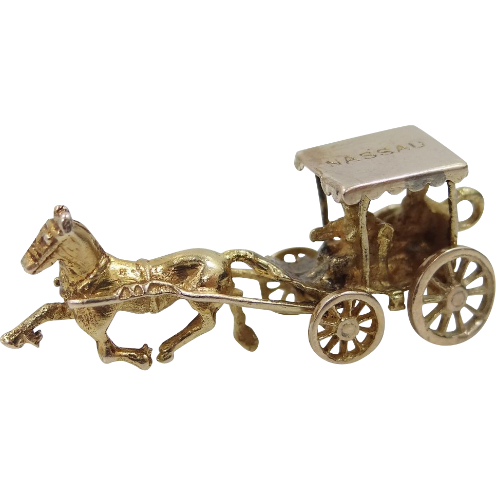 Gold Carriage & Horse Charm Moveable Wheels