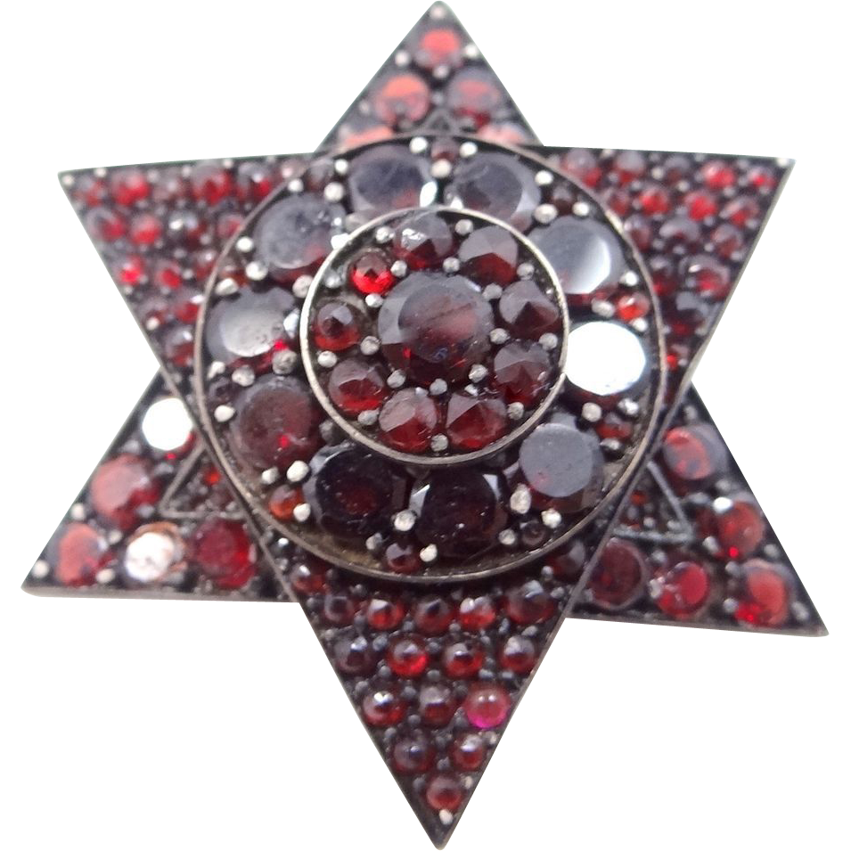 Pretty Victorian Bohemian Garnet Brooch Star of David