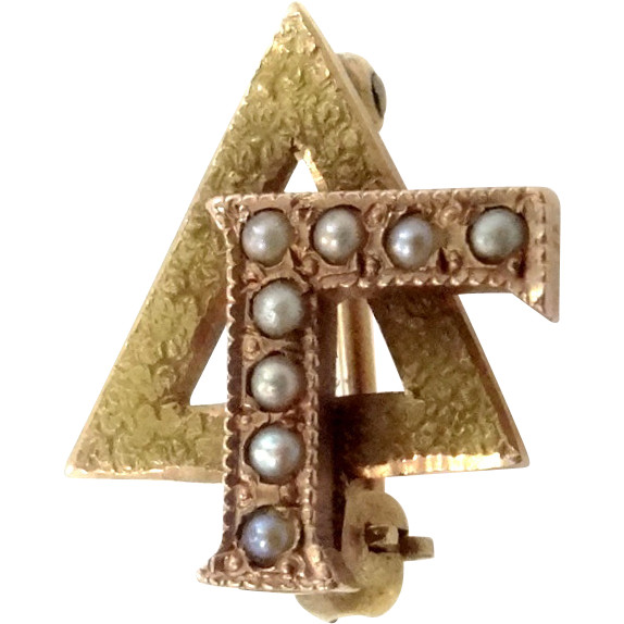 10k Gold & Seed Pearls Delta Gamma Sorority Pin