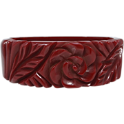 Carved Bakelite Hinged Clamper Bracelet