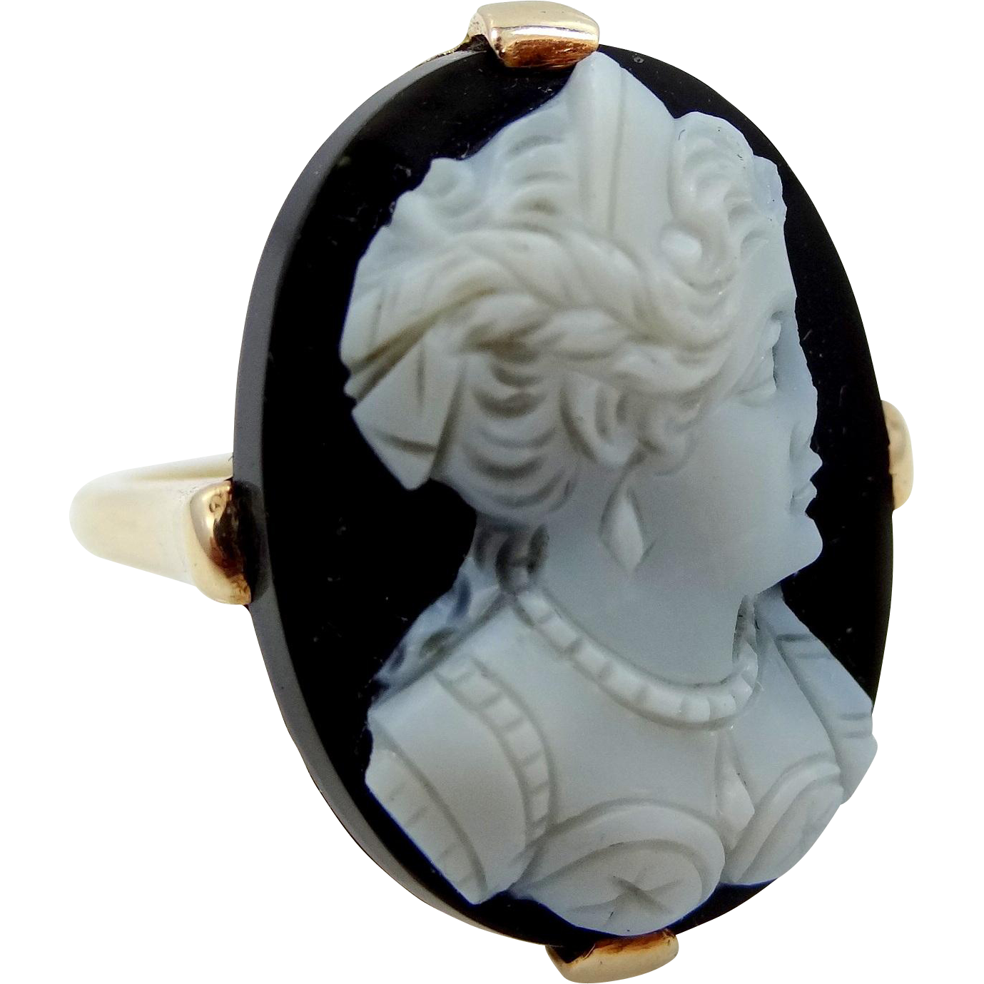 Vintage Black and White Sardonyx Lady's 10k Cameo Ring
