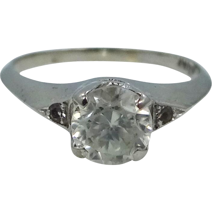 10k White Gold Spinel Solitaire Size 8 1/2 Ring