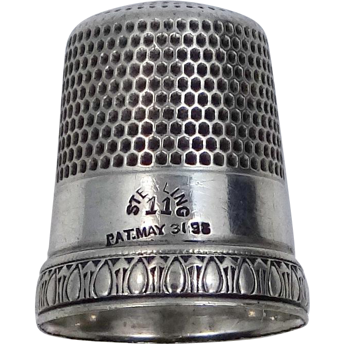 Vintage Sterling Silver Simons Thimble Signed Priscilla Pat 1898