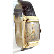 Man's Bulova 1940s Wrist Watch With Unusual Lugs