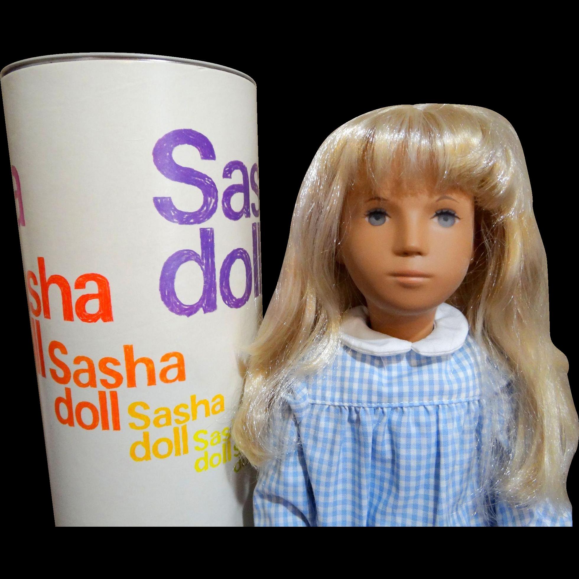 Vintage 1969 Blonde Gingham 4-107 Sasha Doll Star Pupils Trendon Toys England w/ Tube