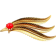18k Gold Coral Feather Motif Pin