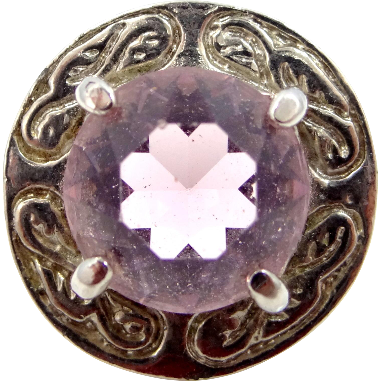 Small Scottish Kilt Pin with Amethyst Glass Stone