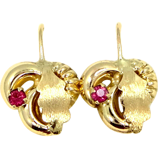 """Vintage 14k Gold Leverback """"Leaf"""" Earrings"""