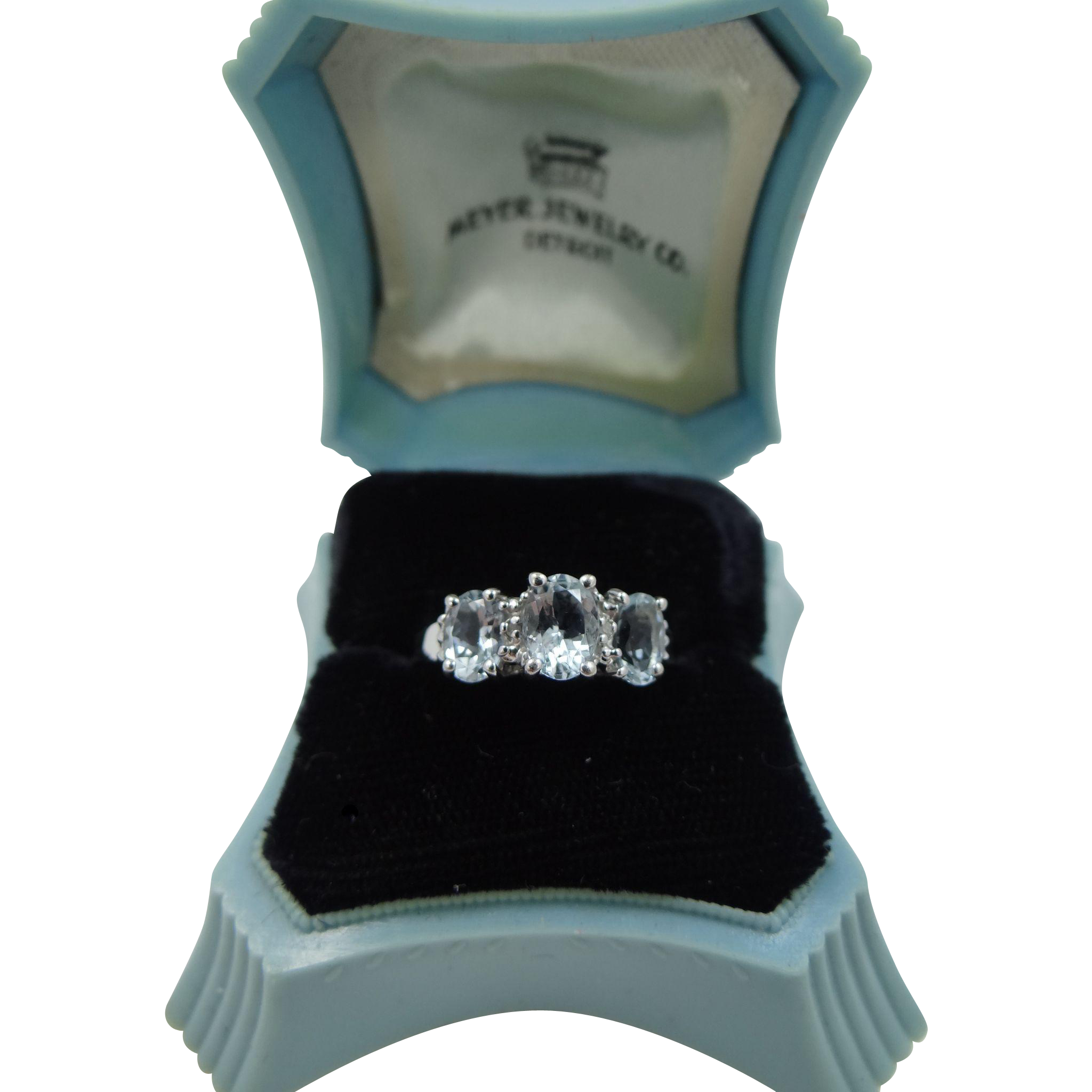 10k White Gold 3 Aquamarine Size 7 1/4 Ring