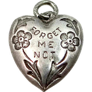 Victorian Forget Me Not Puffy Heart Charm