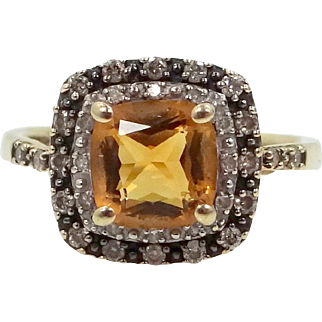 10k Gold Cushion Cut Citrine in Diamond Studded Halo Setting Ring