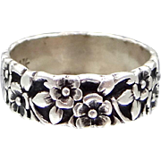 1920s Sterling Silver Floral Cigar Band Ring