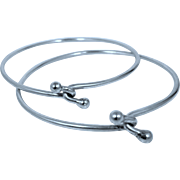Two 800 Silver Matching Crossover Bangle Bracelets