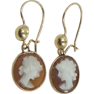 14k Gold Carved Shell Cameo Earrings