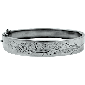 Victorian Aesthetic Movement Sterling Silver Finely Etched Hinged Bangle Bracelet