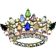 Pretty 1960's  Rhinestone Crown Pin