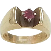 14k Solid Gold 1/4 Carat Ruby Ring Unisex 8.7 Grams