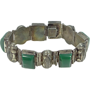 1930s Sterling Silver Green Agate Flexible Links Bracelet
