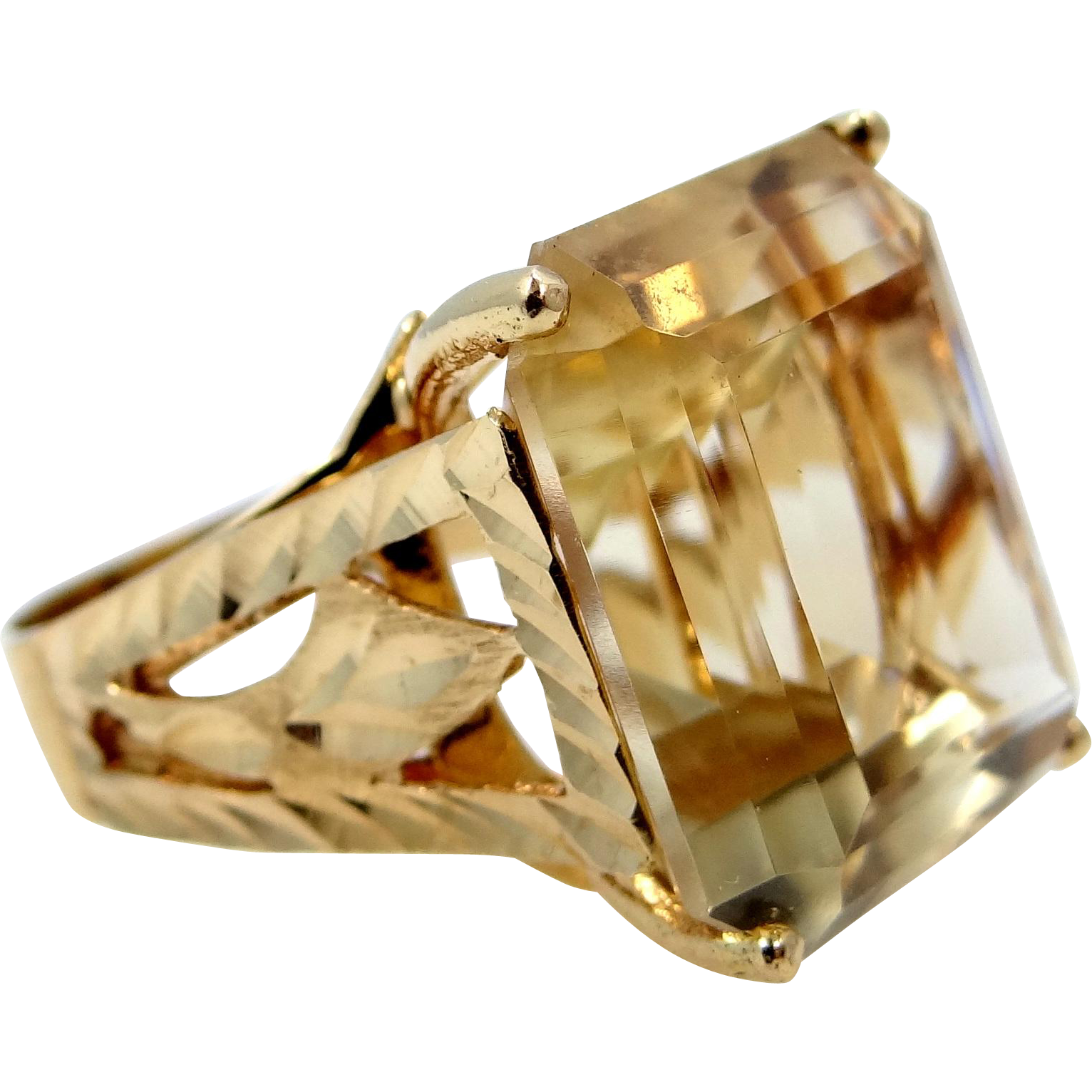 18k Gold 15 Carat Citrine Solitaire Lady's Ring